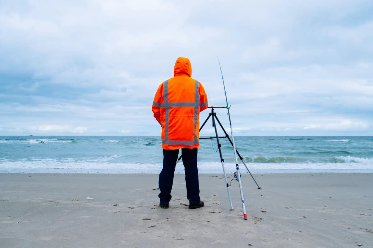 How To Find The Best Spot For Surf Fishing?