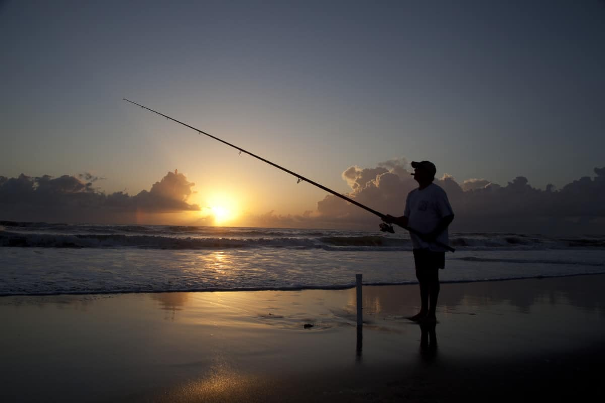 Best Lures And Baits For Surf Fishing At Night