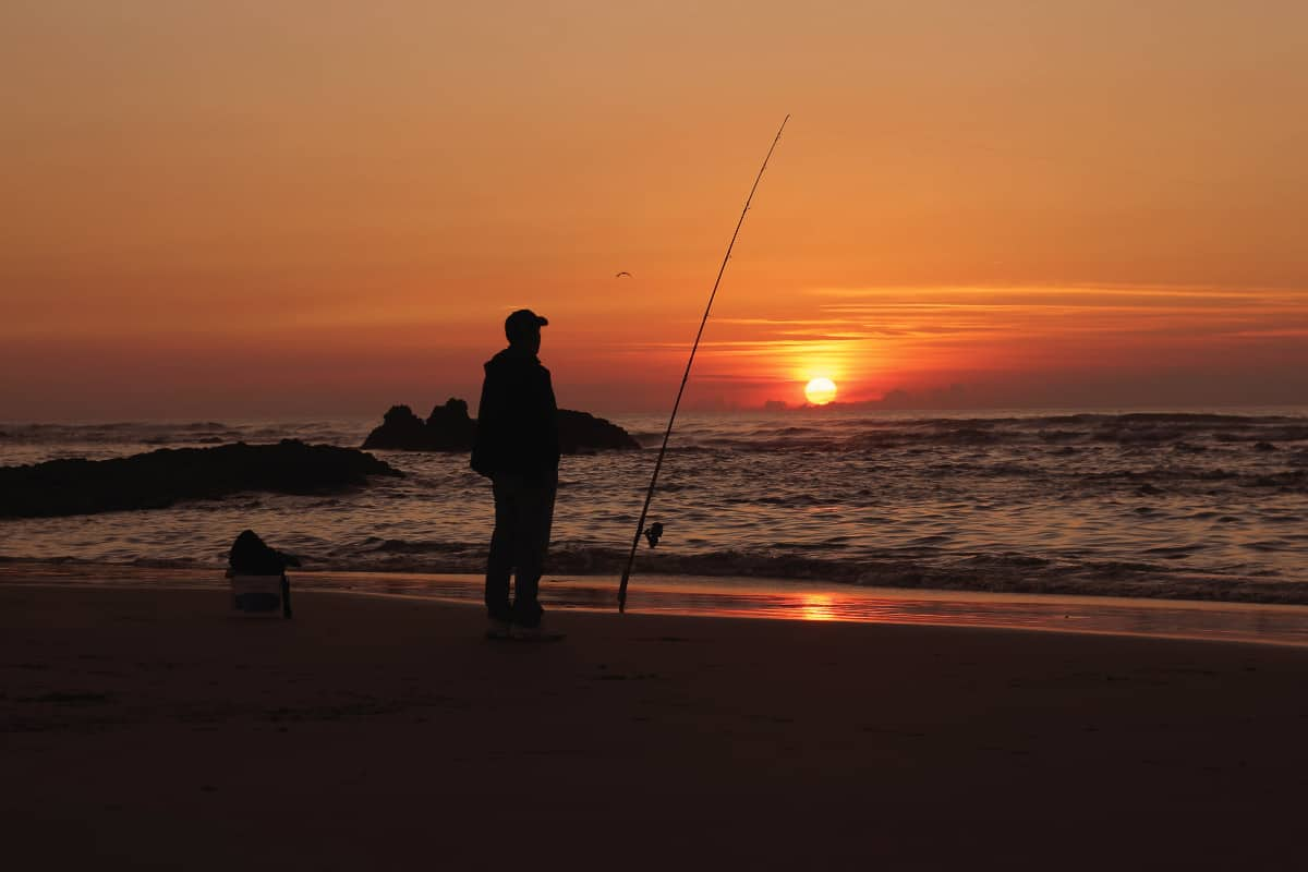 Surf Fishing at Night Guide And Tips